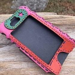メルヘンでありながらかっこいいiPhoneケース