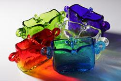 透明感がかっこいい琉球ガラスの香炉セット